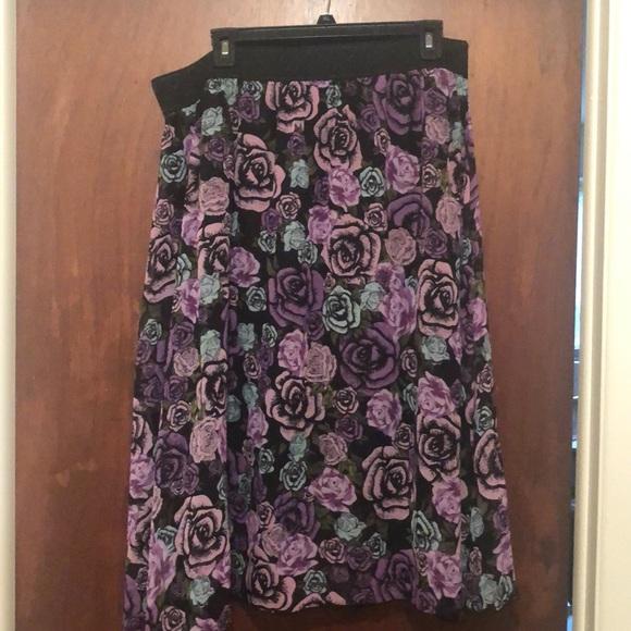 LuLaRoe 2XL Lola Skirt